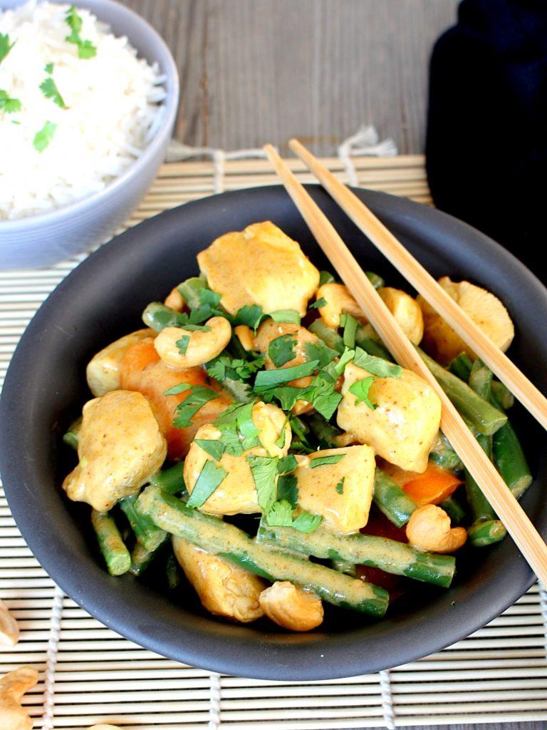 Milde curry met kip en pompoen