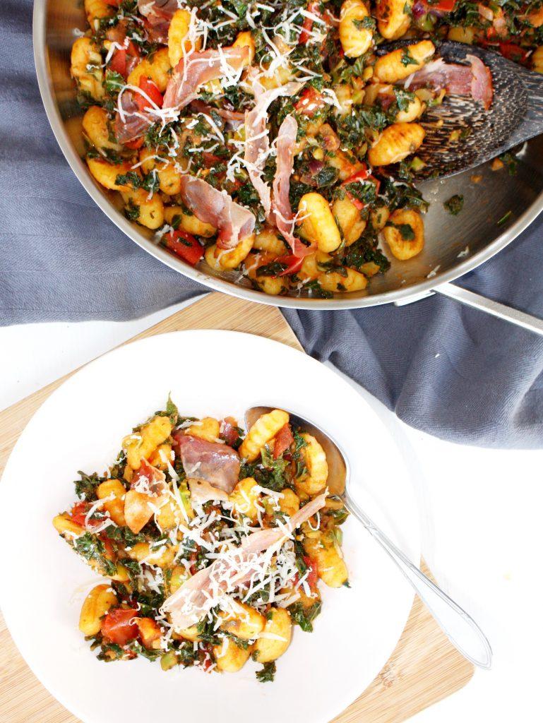 Gnocchi met boerenkool en tomaat