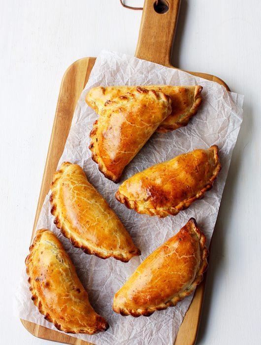 Empanadas met romige kip-venkelvulling