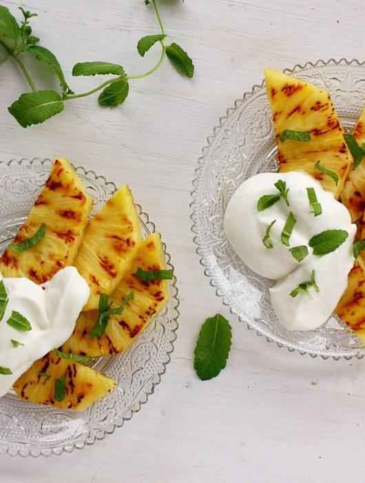 Ananas met vanilleroom